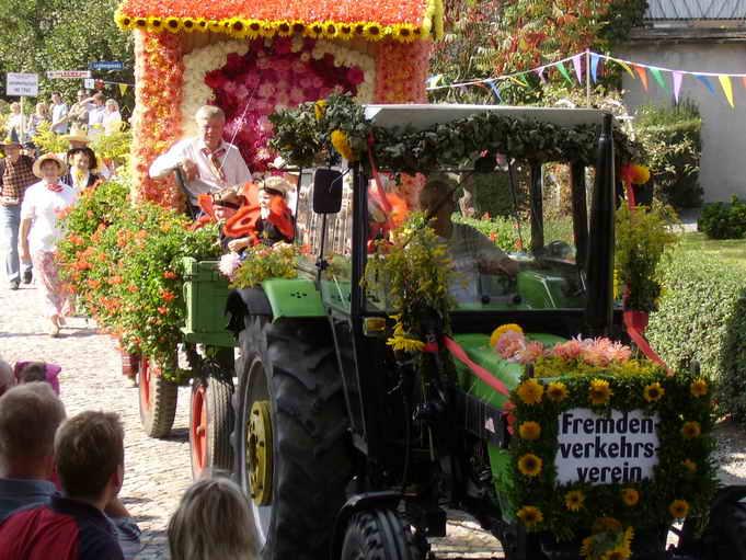 Festwagen zur 700 Jahr Feier (Foto:H.Wagner)